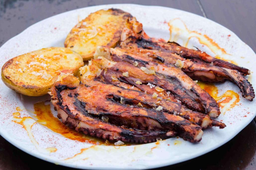 Si te gusta la carne y el pescado a la brasa disfruta de - Parrillas para pescado ...
